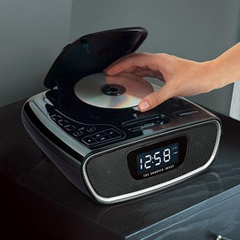 Neat Lookingsharper Image Clock Radio With Iphone Ipod Cd Player